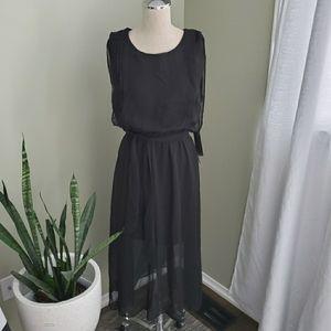 NWT DeX Black Flowy Dress Size Small